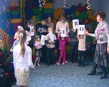 Работники ФСК «Олимпийский» поздравили детей из центра «Милосердие» с Рождеством Христовым (ФОТО)