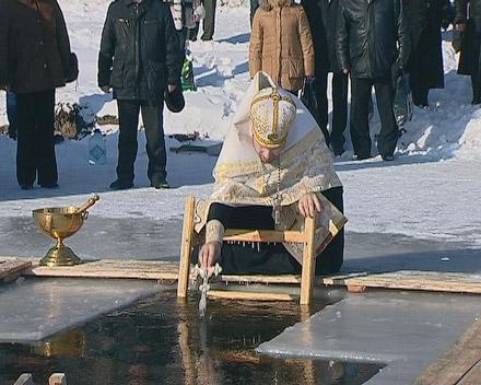 Верующие Красноармейска и пос. Шевченко отметили праздник Крещения (ФОТО)