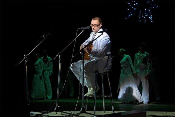 «Птицы» – Роман Сапрыкин, вокальная студия «Свирель» и образцовый ансамбль бального танца «Эдельвейс»