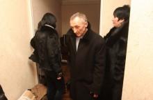 Врачебный скандал в Донецке: обманутые пациенты устроили целителю засаду. Фото А.Дудуш