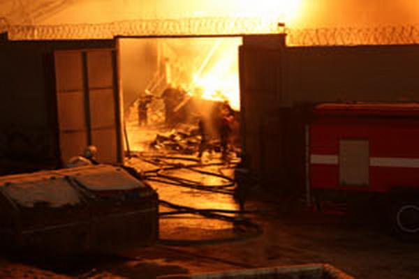 На табачной фабрике хамадей в донецке произошел пожар