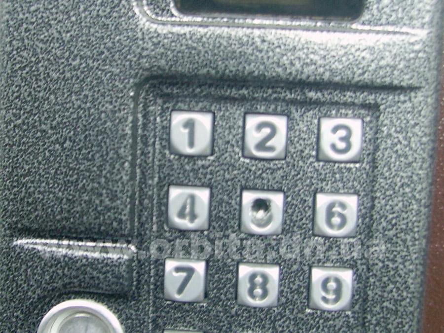 В Красноармейске неизвестные испортили около 60 домофонов