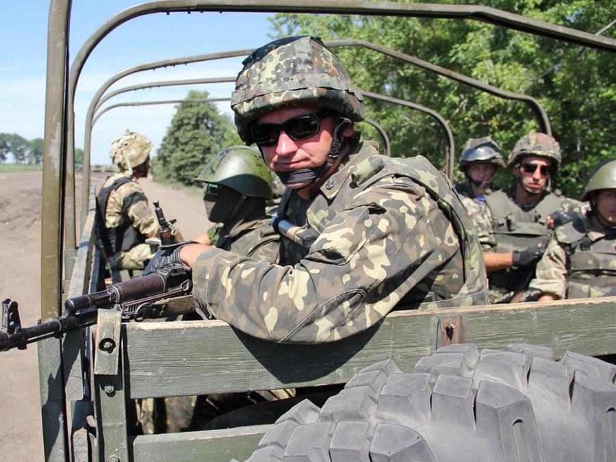 Киев перебрасывает в Донбасс наемников частных военных компаний