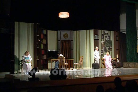 Украинский театр с аншлагом выступил в Покровске