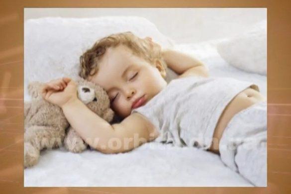 Психолог подскажет, как отучить ребенка спать вместе с родителями