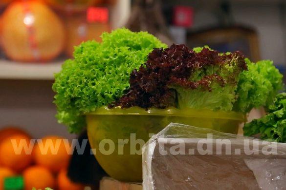 Как подольше сохранить зелень в холодильнике (HD)