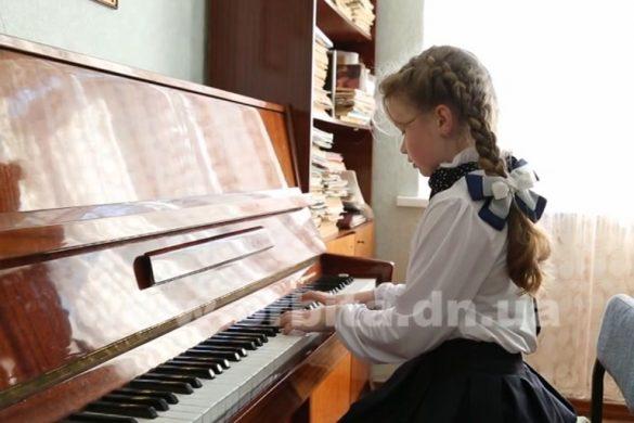 С какого возраста можно записывать ребенка в музыкальную школу?