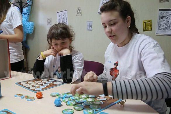 Во что играют в клубе настольных игр в Покровске?