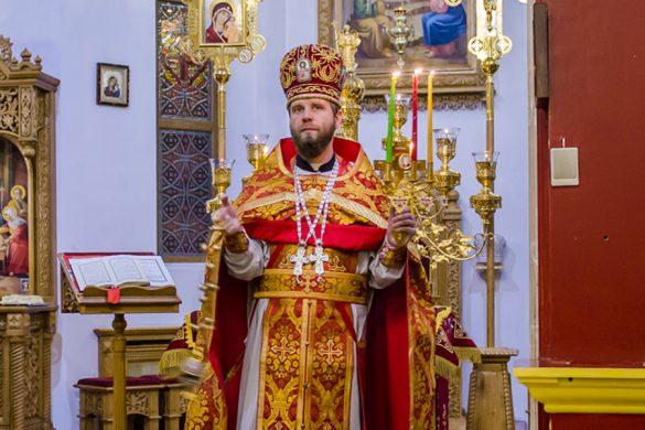 Пасхальные богослужения в храмах Покровского благочиния