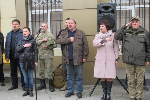 Поезд «Труханівська Січ» в Покровске: агитбригады и  памятный камень воинам АТО