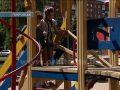 Детская площадка в центре Покровска становится все более травмоопасной