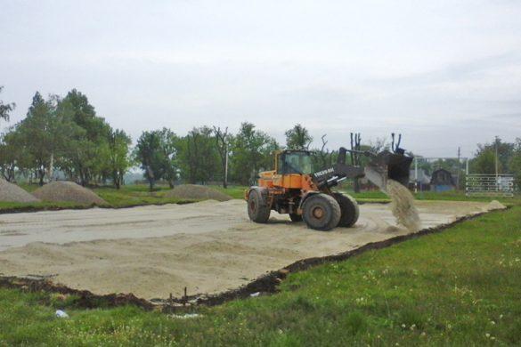 Новое поле и новое покрытие. Каким школам Покровска повезет?