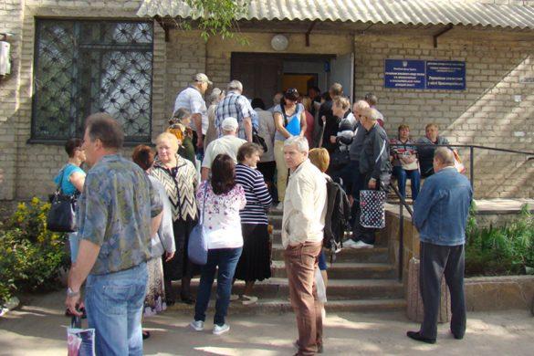 Первомайский подарок: пенсии повысят, но не всем