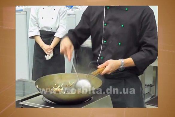 Учимся готовить на сковороде WOK